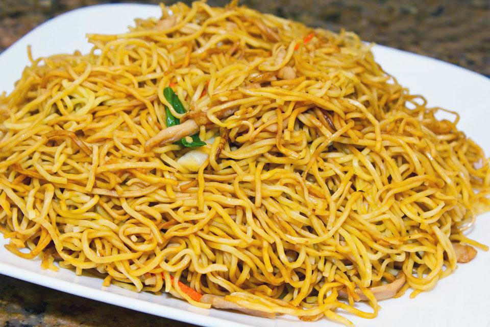 recipe: cantonese chicken chow mein [30]